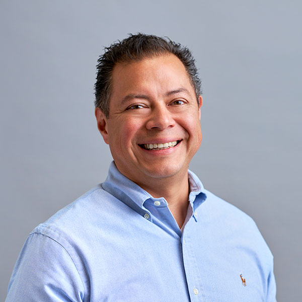 Leon Villegas, Vice President, Manufacturing